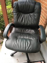black leather office rolling armchair 9 km