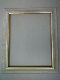 picture frame, gold wood frame  Springfield, 22150