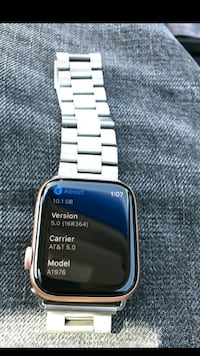 Smart Watch Series 4 2222 mi