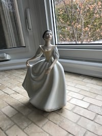 Royal Doulton Figurine  Vaughan, L4H 1B3