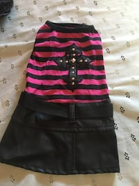 Like new doggy outfits  sz m for sm dogs Richmond, 40475