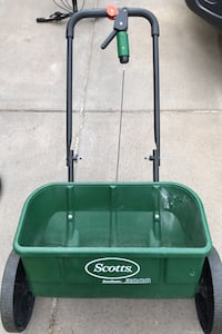 Scott's AccuGreen spreader Maplewood, 55109