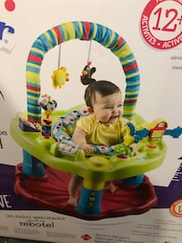 NEW Baby's multicolored activity saucer 545 km