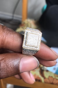 10k diamond ring for sale! Toronto, M6J 3N2