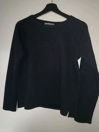 Black sweater with fabric pattern 6646 km