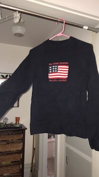 SM/MED navy long sleeve Ralph Lauren Eugene, 97405