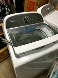 white and gray Arcelik front-load washer Wilmington, 28411