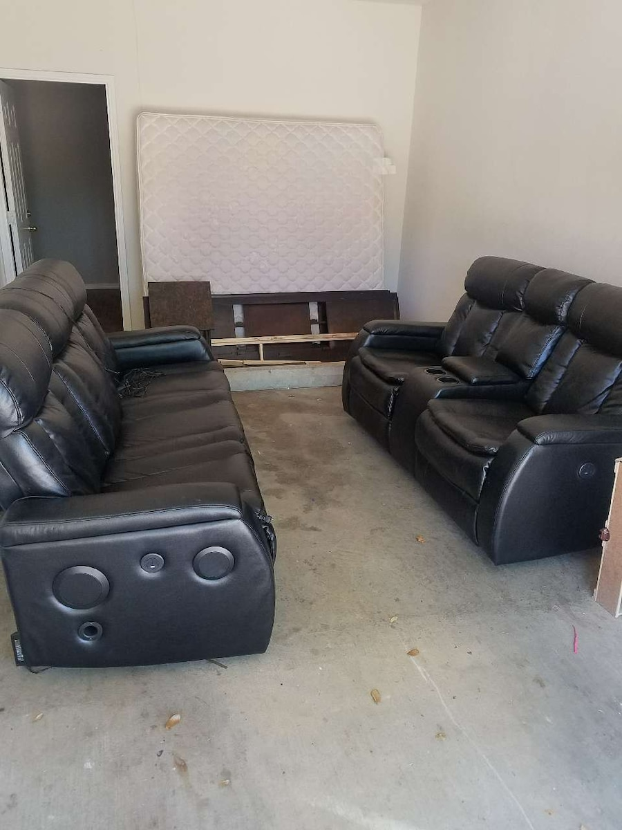 Electric Reclining Couches
