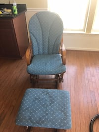 Rocking chair with foot stool Stephens City, 22655