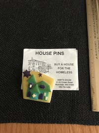 House pin by Lucinda Fiskdale, 01518