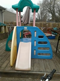 toddler's multicolored outdoor playset Lansing, 48911
