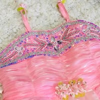 Fancy party gorgeous dress size 6-12 m Calgary, T3K 6E8