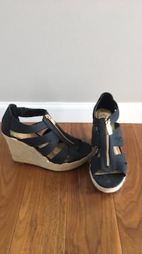Merona  Wedge  -color black - size  6.5  -worn once Farmington, 55024