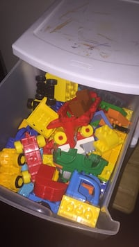 3 drawers filled with LEGO Duplo,  3 drawer storage included Hamburg, 07416