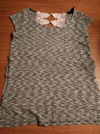 Knitted blouse size S *pick up only Las Vegas, 89103