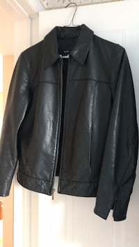 Small lady's leather jacket Kitchener, N2E 3N1