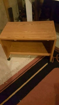 Rolling Table/ (TV Stand) 36 mi