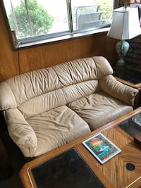 4 couches Deer Park, 11729