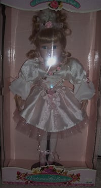 NEW in Box doll CITRUSHEIGHTS