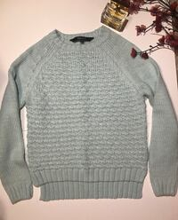 gray knit sweater London, N6E 2L7