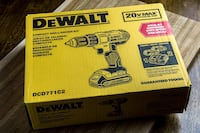 dewalt drill in box  Toronto, M3C 1C4