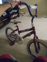 Little girls 16 inch huffy bike