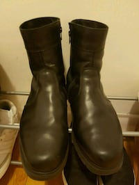 pair of black leather boots 785 km