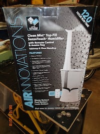 Air Innovations Clean Mist Sensa-Touch Humidifier w/Remote & Aroma Therapy New In Box $20 Mount Airy