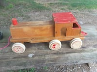Wood pull toy train Avondale, 19311
