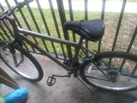 black and gray hardtail mountain bike Alexandria, 22306