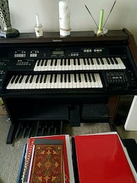 black and white electronic keyboard Woodbridge, 22193