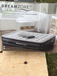 Air mattress - Twin size Surrey, V4N 2E4