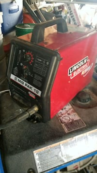red and black Lincoln Electric welding machine Kitchener, N2H 2A1