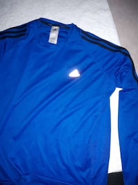 blue adidas crew neck jacket Surrey, V3X 1Y3