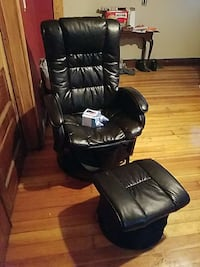 black leather armchair with ottoman Enfield, 06082