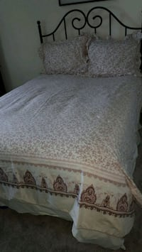 Duvet cover with 2 shams Mission