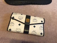Authentic MCM wallet Richmond, V6W 1C5