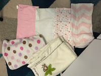 baby 4 receiving blankets and 2 blankets Brampton, L6Y