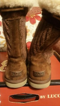 pair UGG suede boots North Las Vegas, 89031