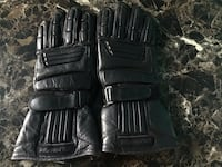 pair of black leather gloves Woodbridge, 22193