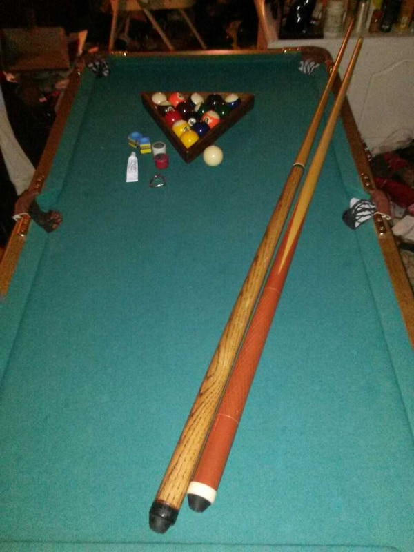 Used ABERCROMBIE AND FITCH ANTIQUE MINI POOL TABLE For Sale In Kings - Used mini pool table