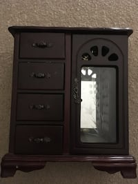 black and gray wooden cabinet 32 km