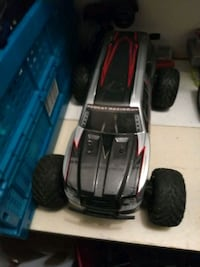 RC cars with extra wheels and parts