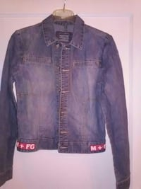 gray-washed button-up denim jacket Columbus, 31904