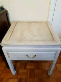 Shabby chic size table distressed Vaughan, L4H 1V9