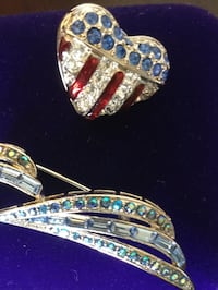 Swarovski crystals HEART - USA flag crystal pin / For more crystals &  jewelry items come visit Alexandria, 22311