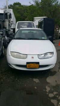 2001 saturn if you see it still available  Hicksville, 11801