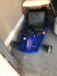 Blue go cart