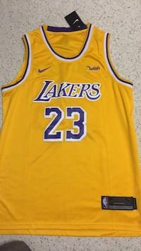 lakers jersey  new with tag Silver Spring, 20902