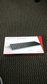 Microsoft Wedge Keyboard (NEW)
